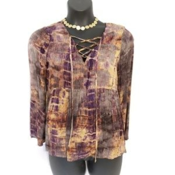 NWT Umgee Hi Lo Tunic Top with Bell Sleeves